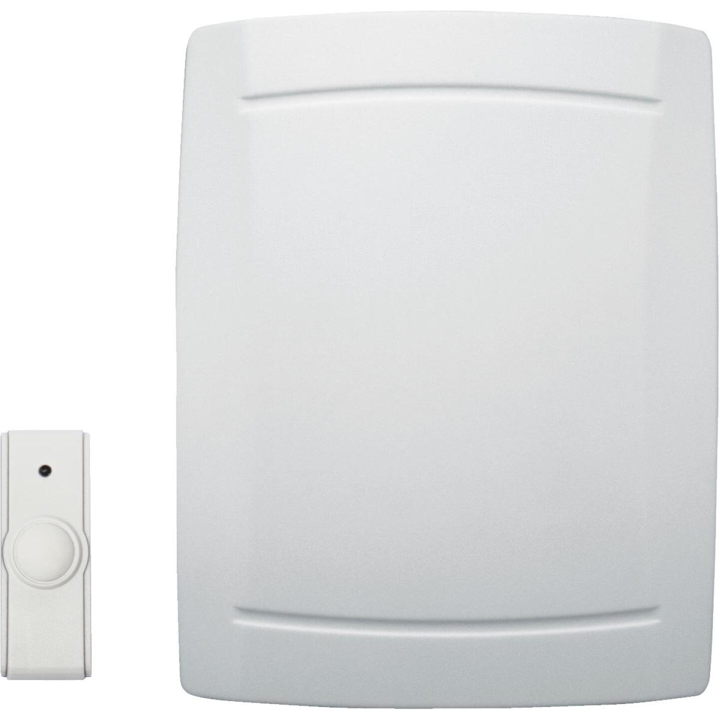 IQ America Step-Up Battery Operated Off-White Wireless Door Chime Image 1