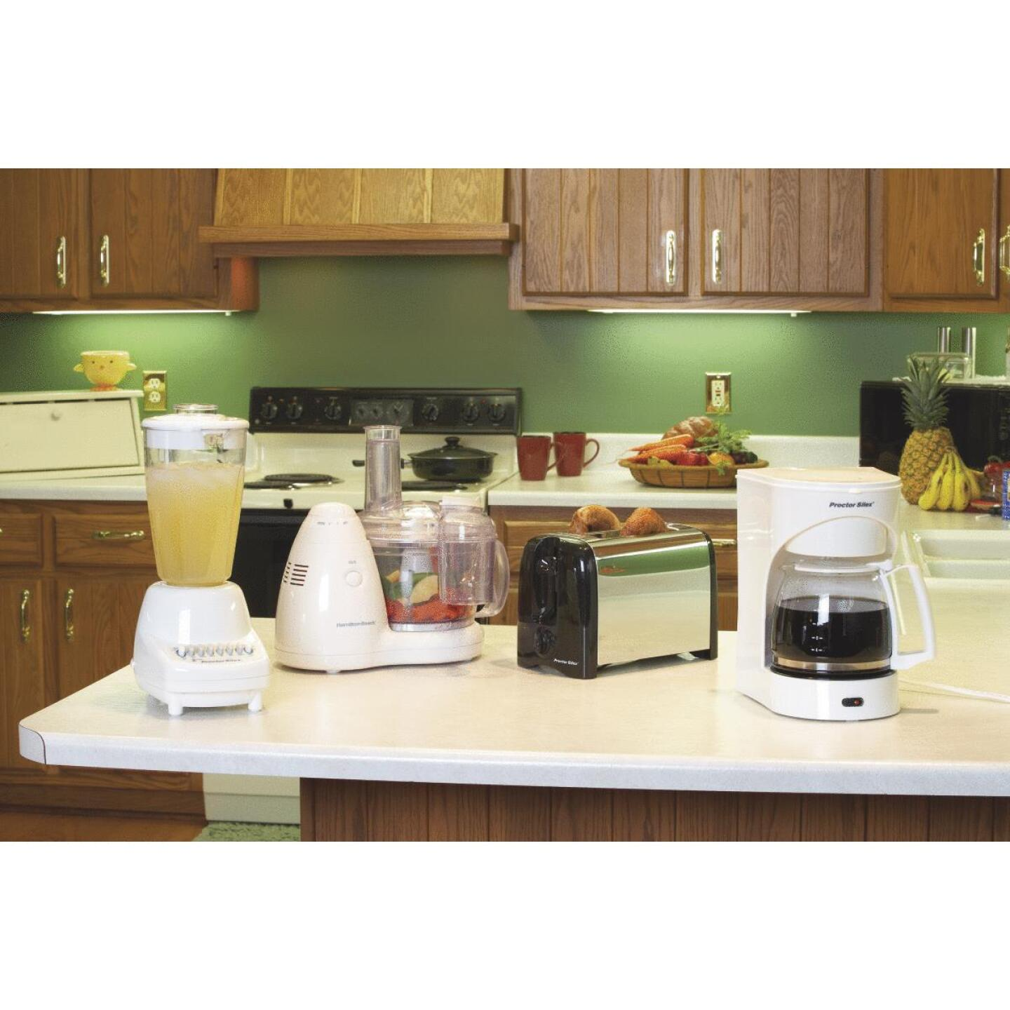 Proctor-Silex 12 Cup White Coffee Maker Image 3