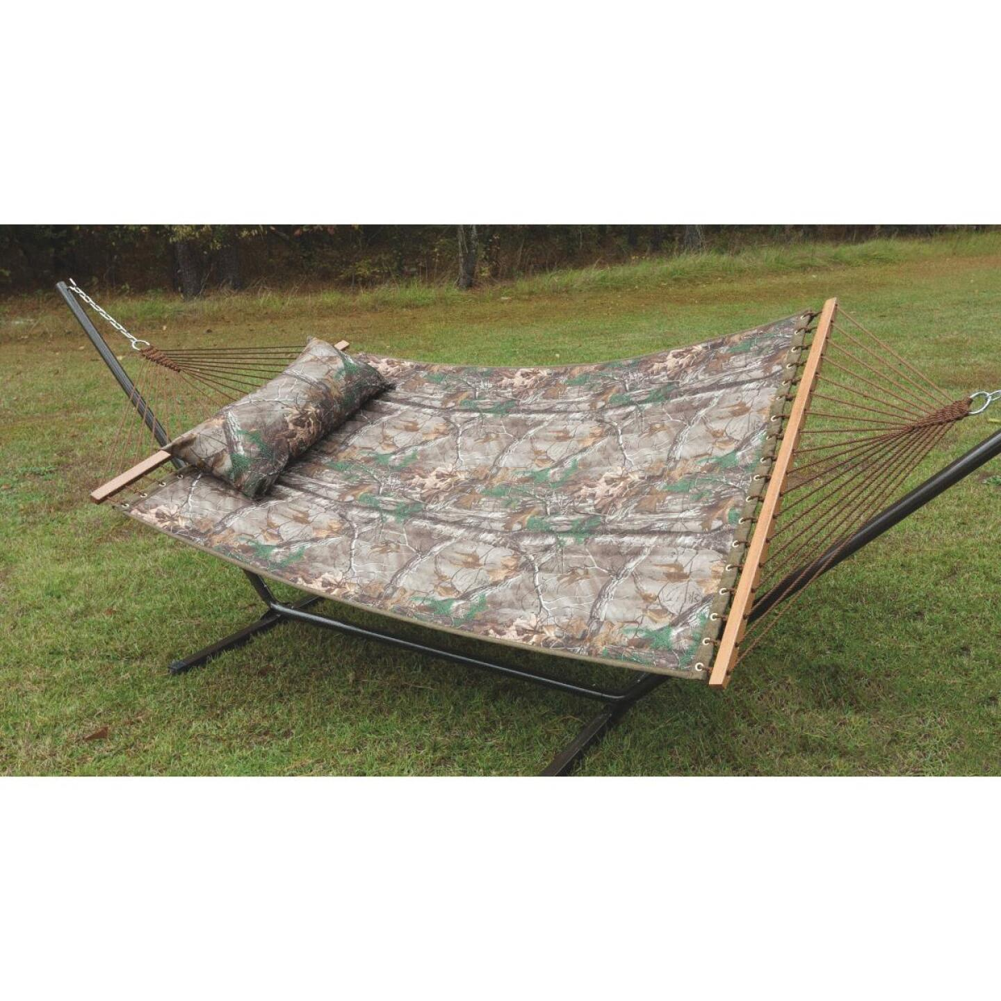 Castaway RealTree Quilted Hammock with Pillow & Stand Image 2